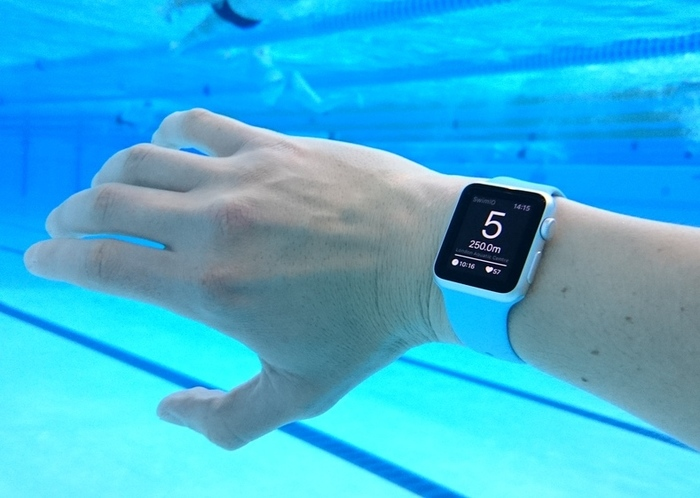 apple-watch-2-en-piscina